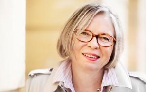Satu Salonen henkilokuva kolumnikuva 2014 copyright Heidi Strengell
